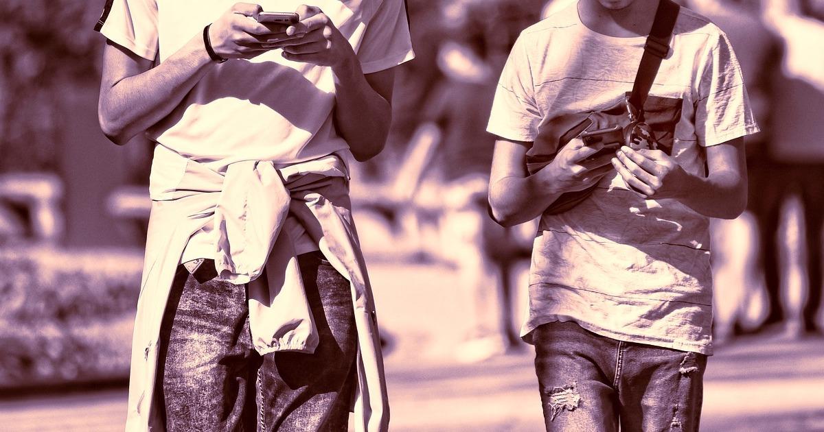 Cum reușește aplicația Questo să scoată mii de tineri din case